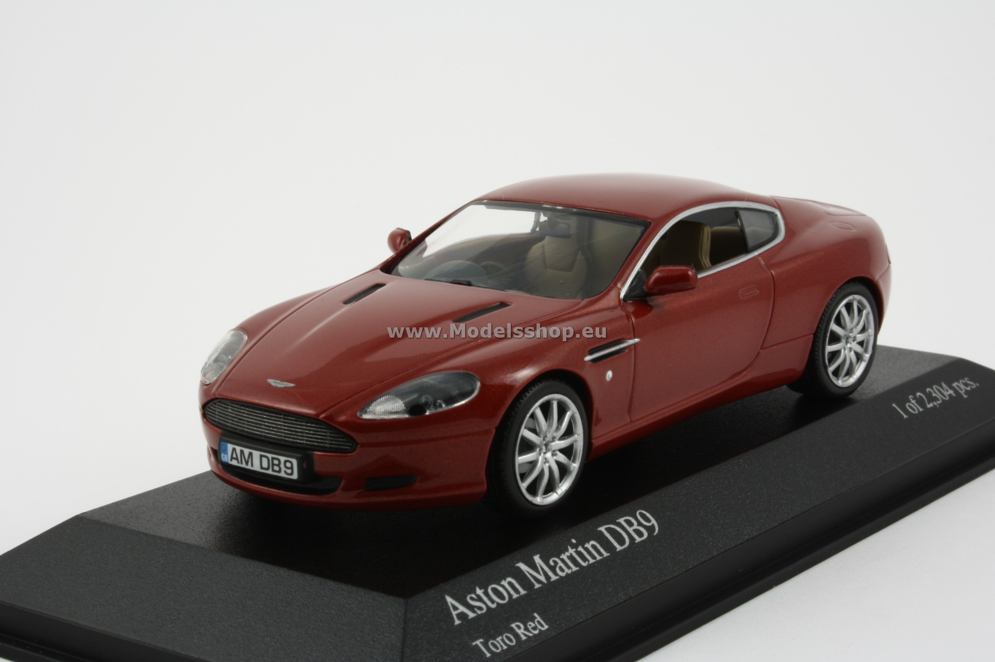 Aston Martin Db9 2003 Red Metallic